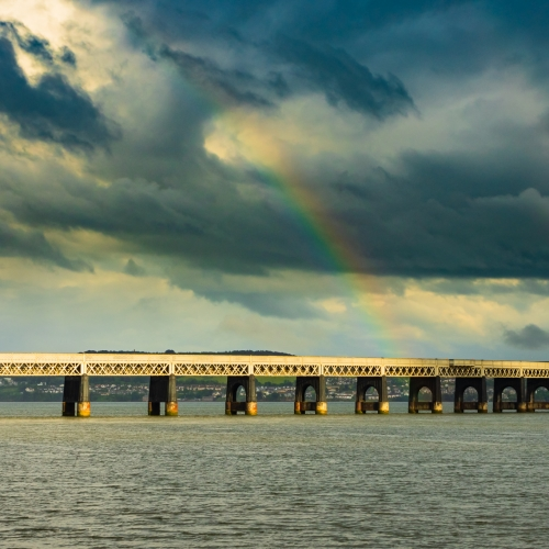 Rainbow over the Tay Rail Bridge, Dundee, Scotland. DD096