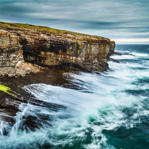 Rough seas at the cliffs of Deerness, Orkney Islands. OR019